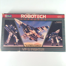 Robotech Defenders Model Kit Max colors VF-1J fully transformable 1/100 opened box Macross