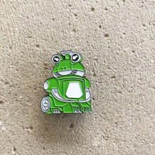 Power Morphicon 2018 Power Rangers Beast Morphers Go Busters Green Frog Buddy Roid Pin