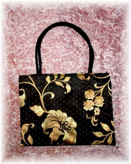 Evening Lily Handbag