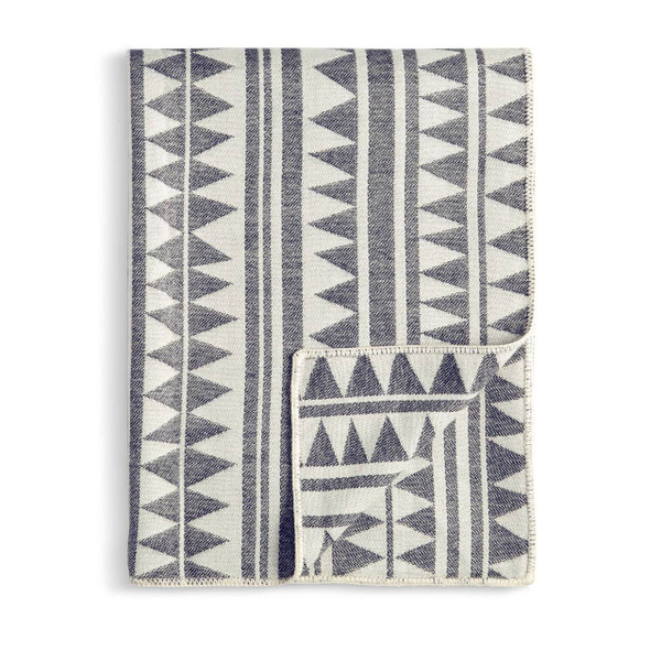 L'Objet Triangles Jacquard Baby Alpaca Throw - Black + White