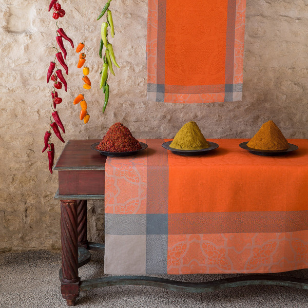 Le Jacquard Francais  Pondichery Spices Tablecloth