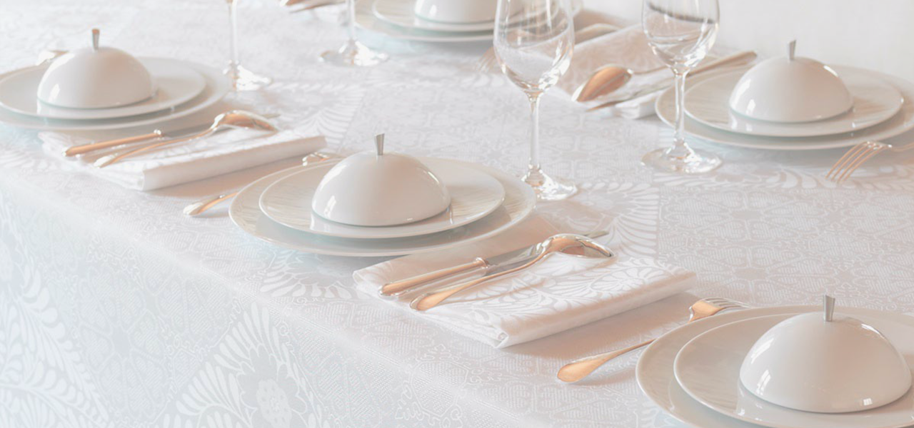 Table Linens & Decor