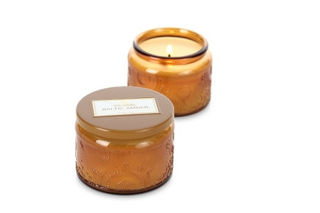 Voluspa Baltic Amber Small Embossed Jar Candle