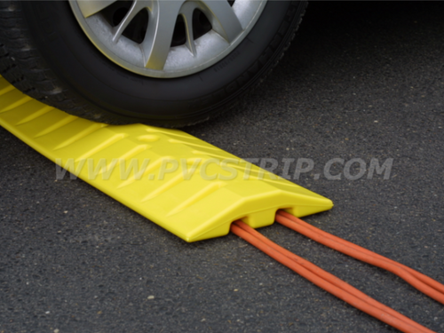 Speed Bump & Cable Crossing Unit