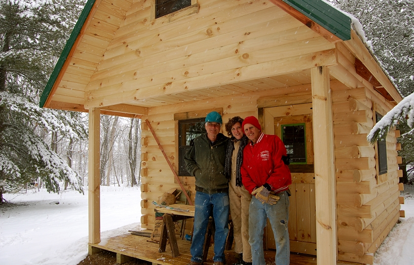 Amish Built Log Cabin to Illinois