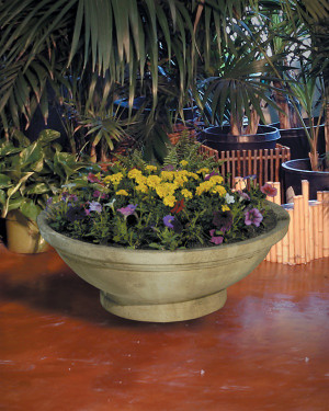 Wok Planter with Pedestal (GFRC in Ancient finish)
