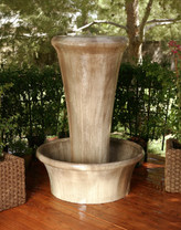 Bello Fountain - Material GFRC - Finish : Ancient