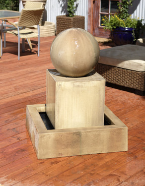 Block with Ball Fountain - Material : GFRC - Finish : Sierra