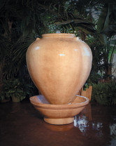 Small Vase Fountain - Material : GFRC - Finish : Desert Rose