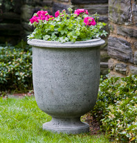 Antibe Urn - Material : Cast Stone - Finish : Alpine Stone