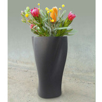 Roberto Planter - Material : Fiber Cement - Finish : Anthracite
