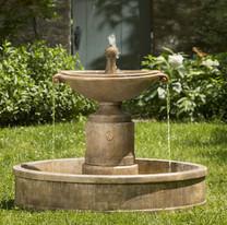 Borghese in Basin Fountain - Material : Cast Stone - Finish : Pietra Vecchia