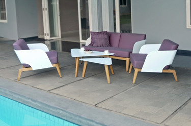 KAAT 1-Seater with Coffee Tables - Powder-Coated Aluminum (white), Plantation Teak (smooth sanded), Sunbrella Canvas (Ibiza)