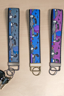 WRIST KEY HOLDER / Loons trim (3 color options)