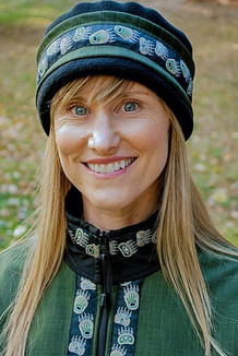 AURORA HAT / (Softshell) / Fjord, Black,  / Bear Tracks-Tan (trim)