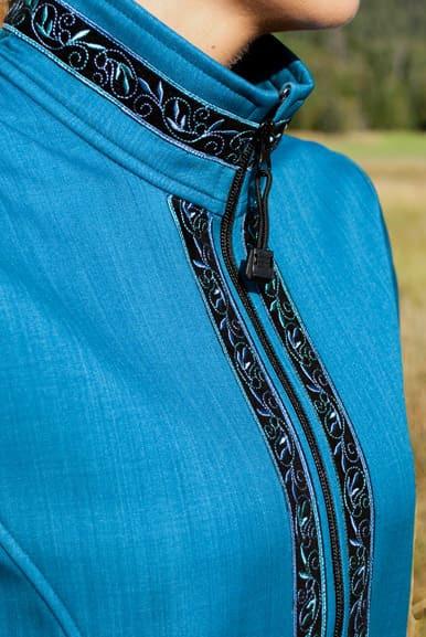 Close up view of Velvet-Blue trim