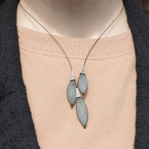 VLUM_Paris_handmade_necklace_lagon_2_green_brown_silver_plated
