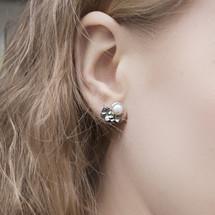 Tina_Kotsoni_handmade_earrings_oxidised_sterling_silver_freshwater_pearls_hammered