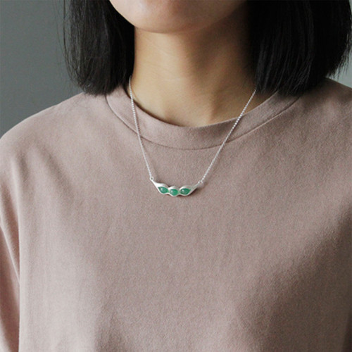 Botanic_garden_collection_sterling_silver_jade_stone_necklace_handmade_peas_in_a_pod
