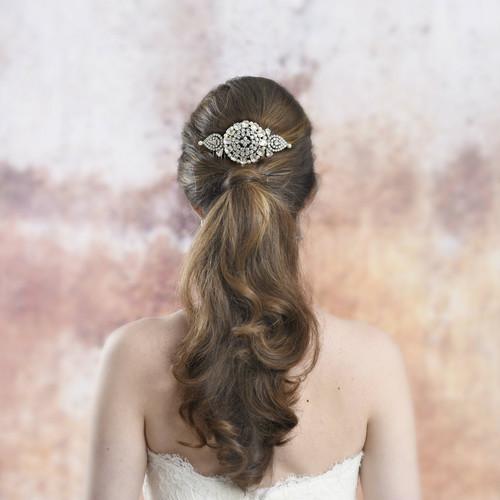 Ainsley_mirrada_templton_art_deco_round_dric_diamante_bridal_wedding_hair_comb_hairstyle__7_scotland