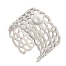 Arte Nobile - Sterling Silver and Freshwater Pearl Ring