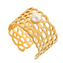 Arte Nobile - Gold Plated Freshwater Pearl Ring