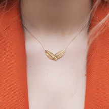 rose_gold_raven_feather_necklace_handmade_Aurum_Iceland
