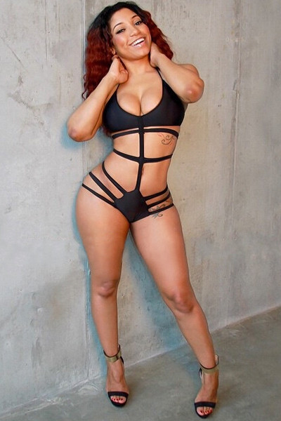 Sexy One-piece Strappy Solid Black Swimsuit