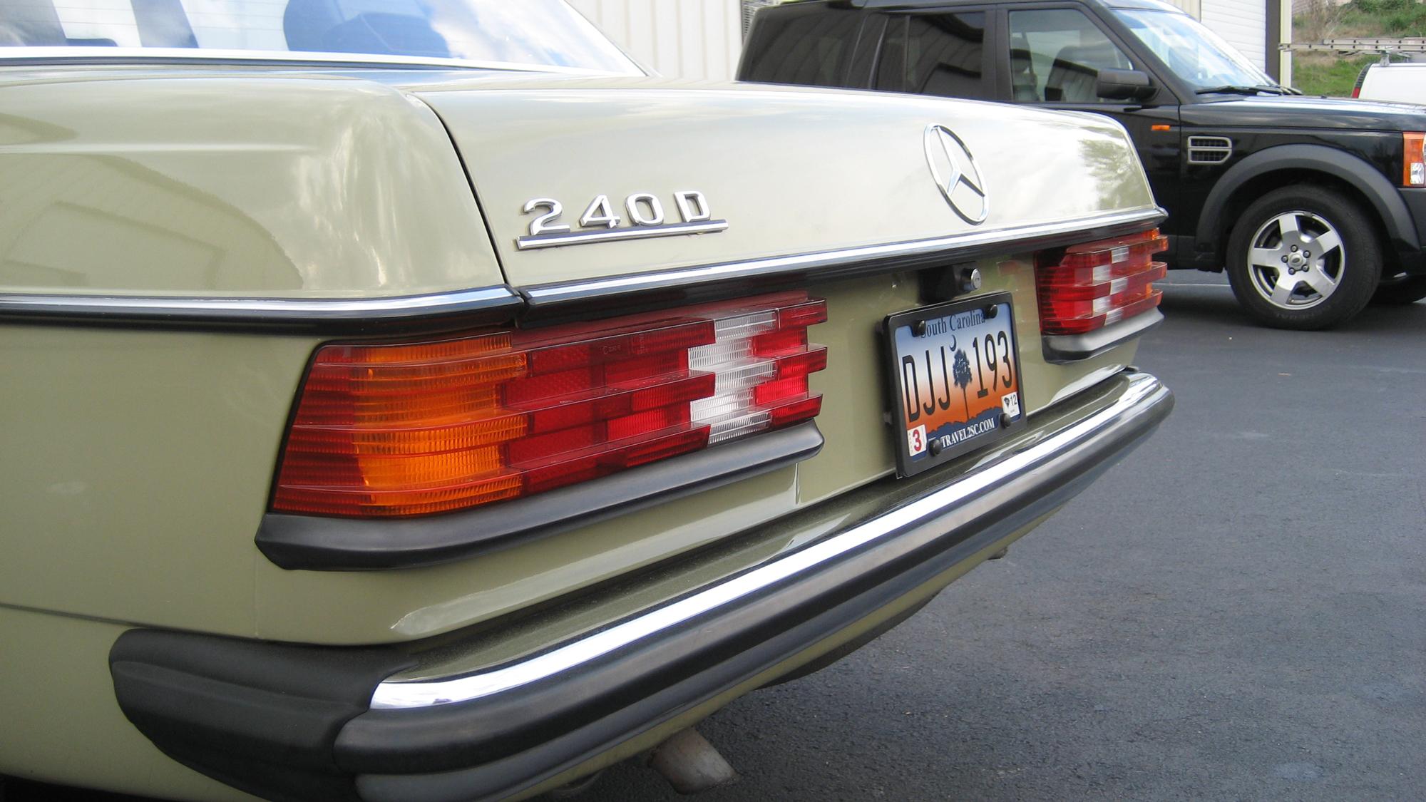 M Amp M Mondays 33 1983 Mercedes Benz 240d Cocomats Com