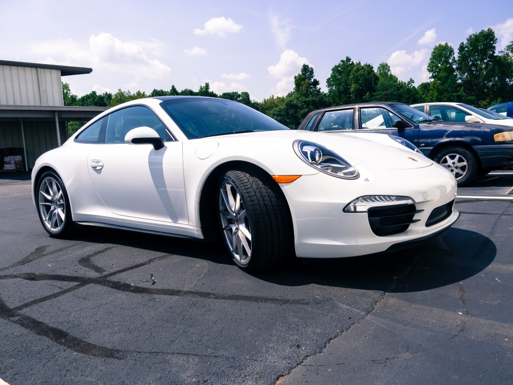 m m wednesday 48 2014 porsche 911 carrera 4s with 14 blue white dots. Black Bedroom Furniture Sets. Home Design Ideas