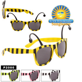 Party Glasses ~ Bug ~ P2000