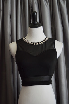 Jeweled Neck Crop Top - Black