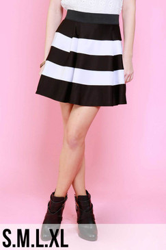 Black/White Midi Skater Skirt