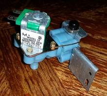 FRIGIDAIRE SOLENOID VALVE 218907301  NEW O.E.M  FREE SHIPPING  WITHIN US!!!!!!
