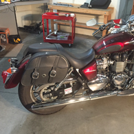 14 Triumph America w/ Charger Series Leather Saddlebags