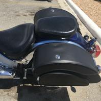 yamaha-vstar-motorcycle-customer-saddlebag-photo