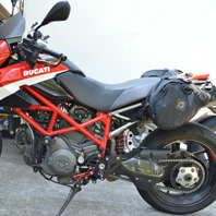 katie-ducatihypermotard