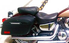 Rick Wilde's '01 Kawasaki w/ Lamellar Hard Saddlebags