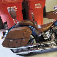 kim's-heritage-softail-motorcycle-saddlebag-photo