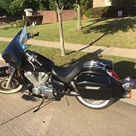 rodney's-05honda750aero-motorcycle-saddlebag-photo