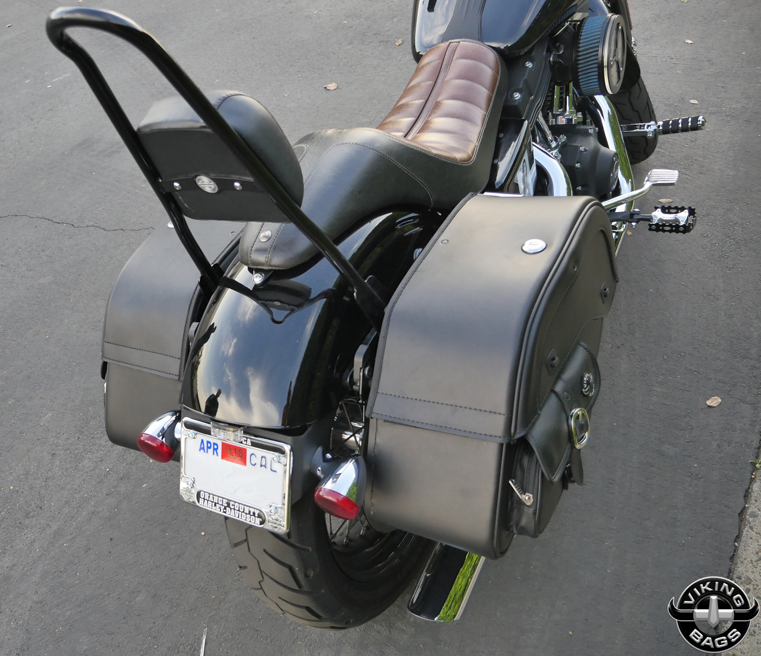Harley dyna street bob motorcycle saddlebags specific for Motor cycle saddle bags