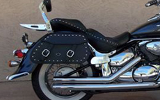 06 Suzuki Boulevard C 50 w/ Pinnacle Studded Saddlebags