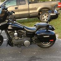 Tonto's '15 Harley-Davidson Dyna Street Bob w/ Lamellar Hard Saddlebags