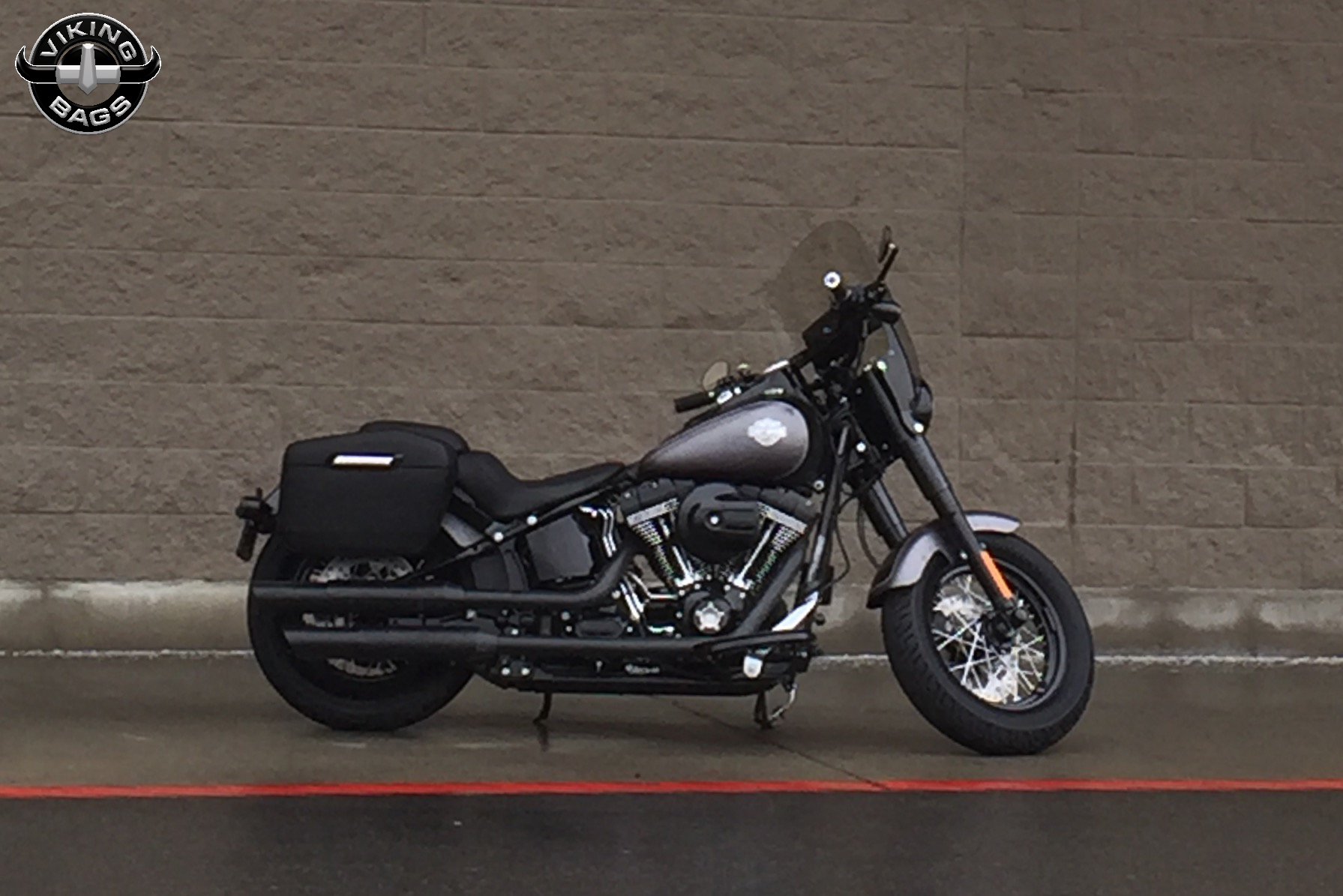 harley softail slim saddlebags l viking lamellar leather covered hard. Black Bedroom Furniture Sets. Home Design Ideas