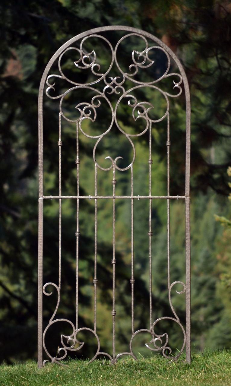 Superb H Potter Large Wrought Iron Ornamental Metal Scroll Garden Trellis   H  POTTER