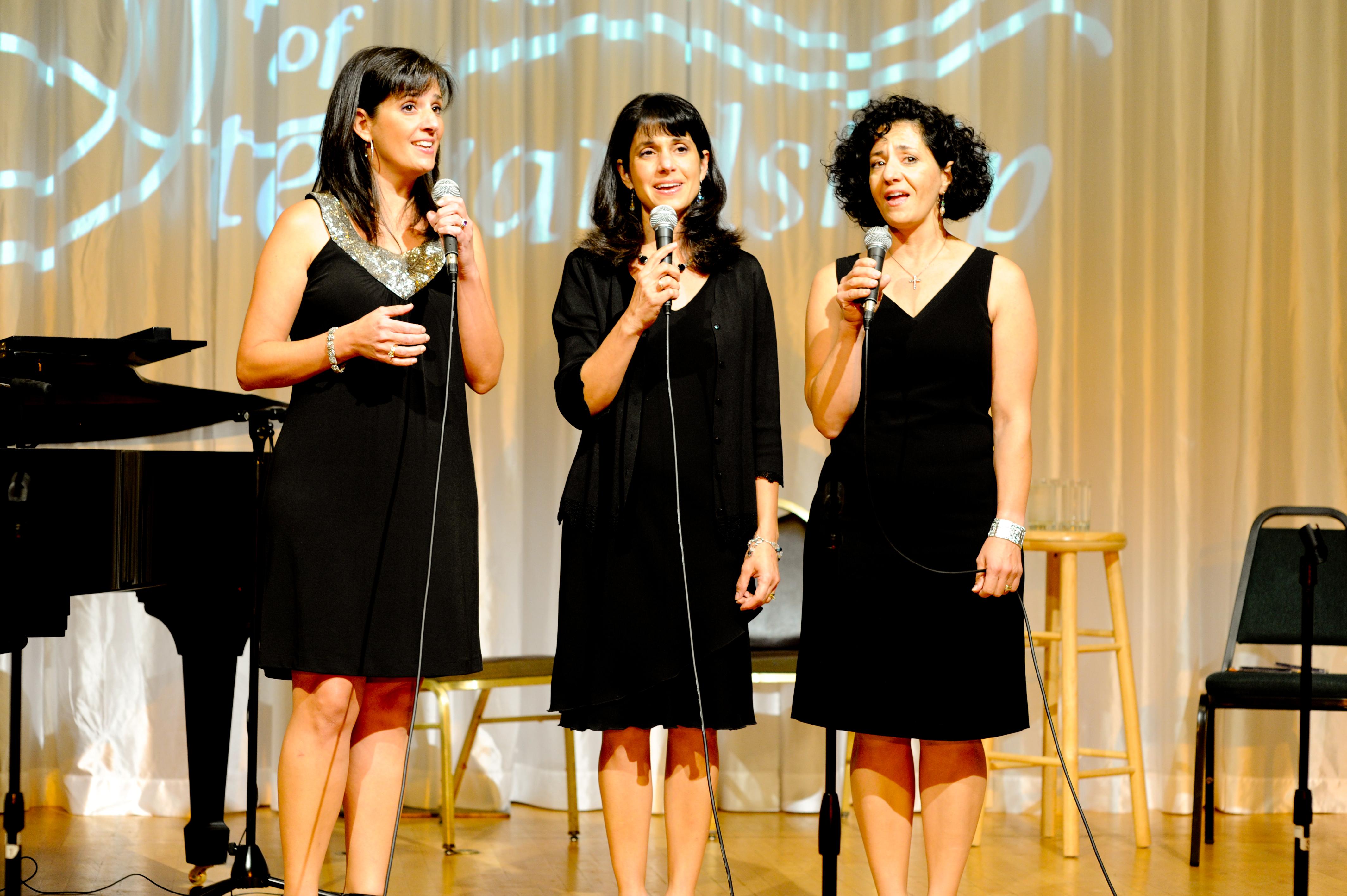 Eikona in concert