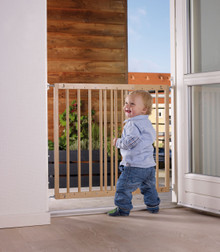 BabyDan Multidan Beechwood Safety Gate (60.5 - 102 Cm)