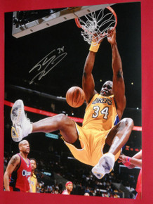 SHAQUILLE O'NEAL AUTOGRAPHED LOS ANGELES LAKERS 16X20 PHOTO AASH SHAQ DUNK