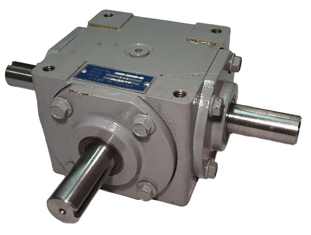 40 HP Right Angle Bevel Gearbox With 3 Keyed Shafts 1:1 Image