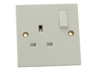 SMJ SMJW1GSSC - Switched Socket 1 Gang 13A